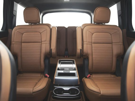 интерьер Lincoln Aviator 2019