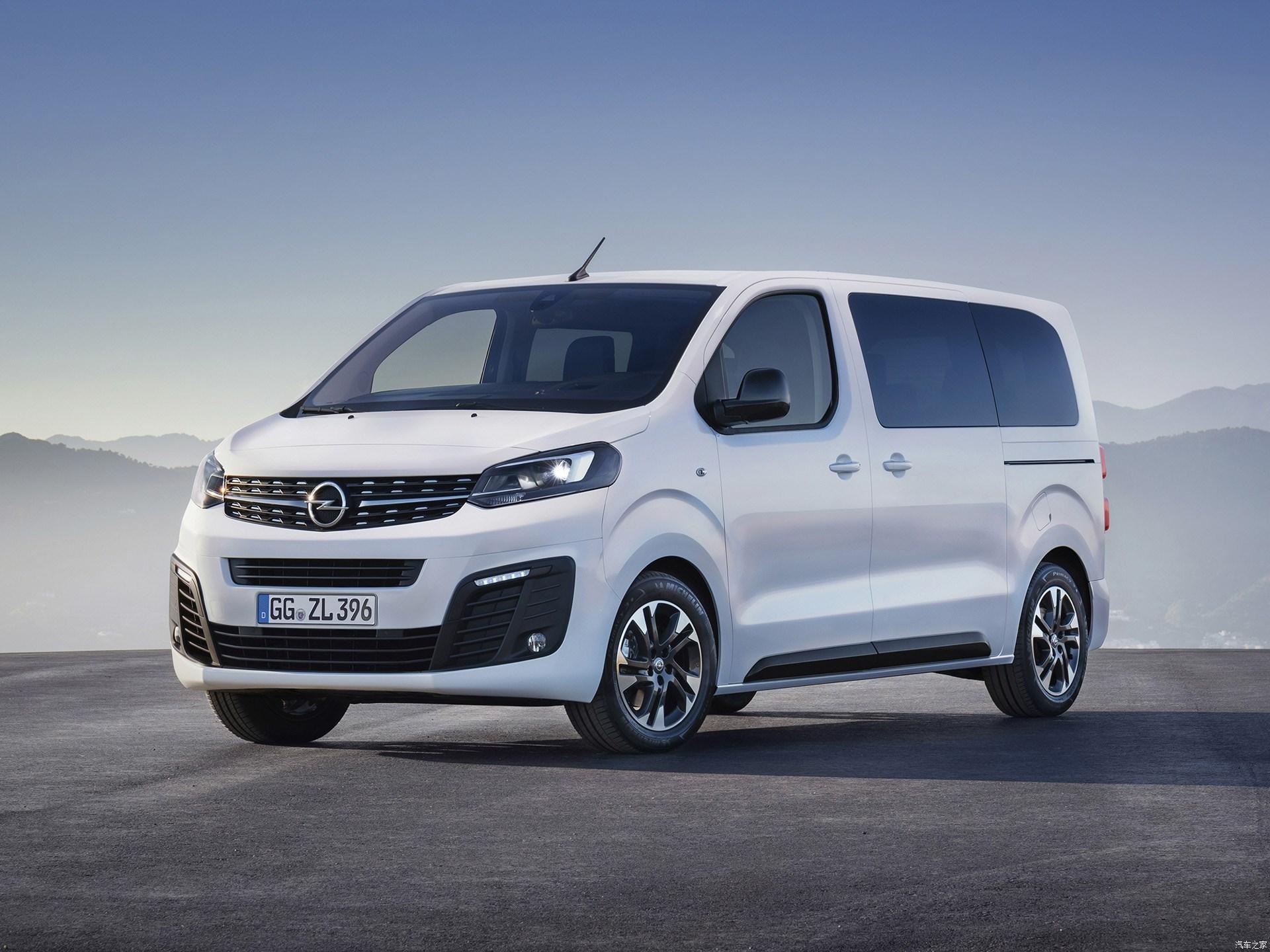 фото Opel Zafira Life 2019 года