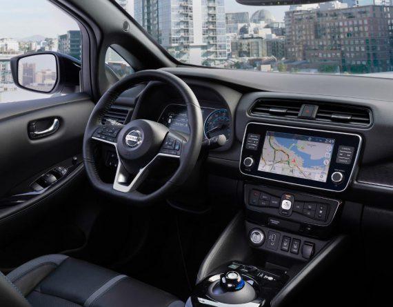 салон Nissan Leaf e+ 2019-2020