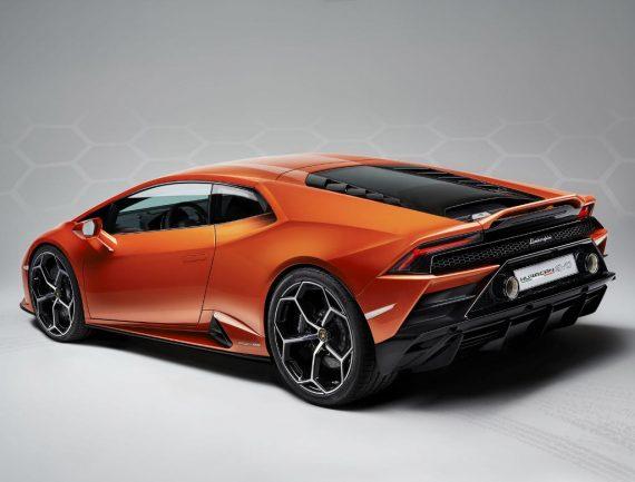 задние фонари Lamborghini Huracan EVO 2020