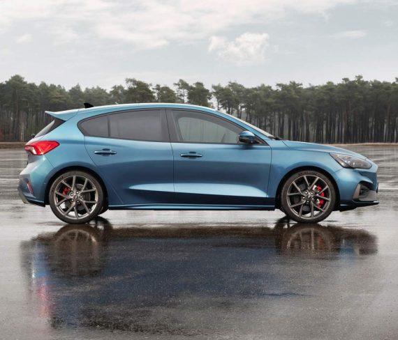 Ford Focus ST 2019 – 2020 сбоку