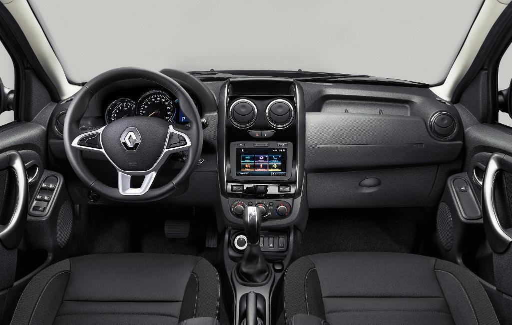 салон Renault Duster 2021 в России