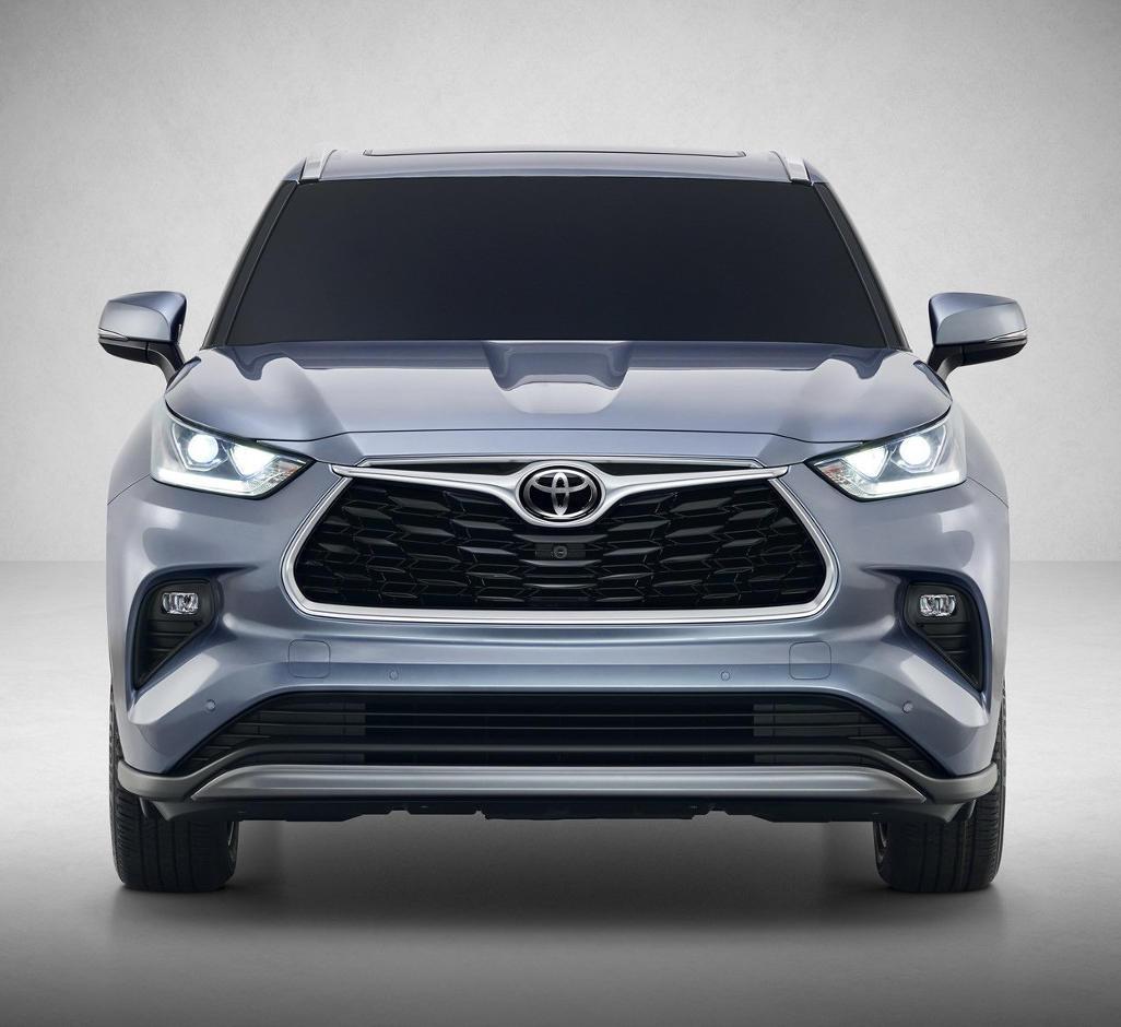 фары, решетка, бампер Toyota Highlander 2020 года