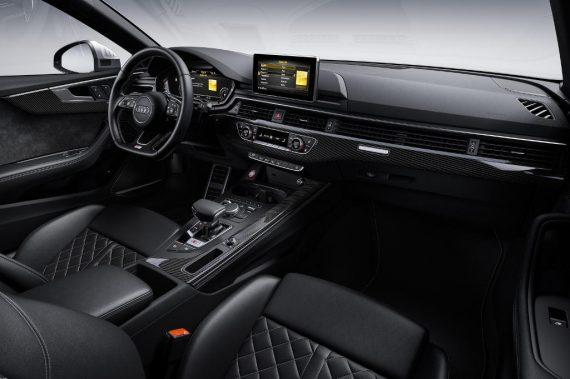 салон Audi S5 TDI 2020 года фото