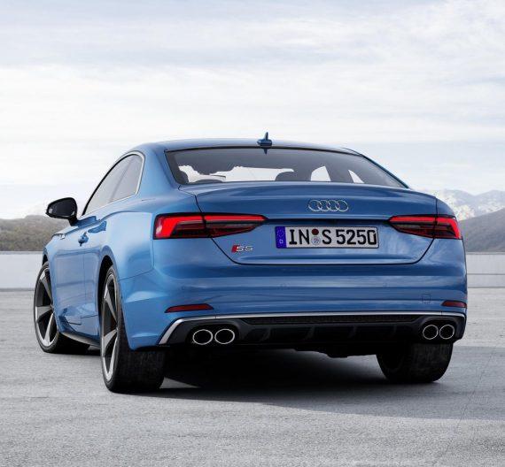 задняя часть купе Audi S5 TDI 2020