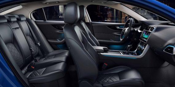 интерьер Jaguar XE 2019 – 2020
