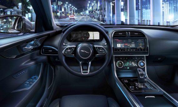 салон Jaguar XE 2019 – 2020 фото