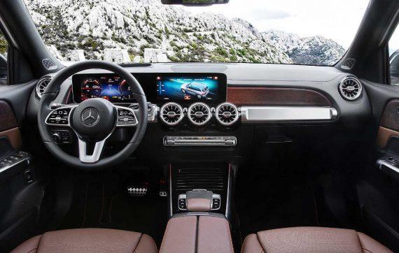 салон Mercedes GLB 2020 года