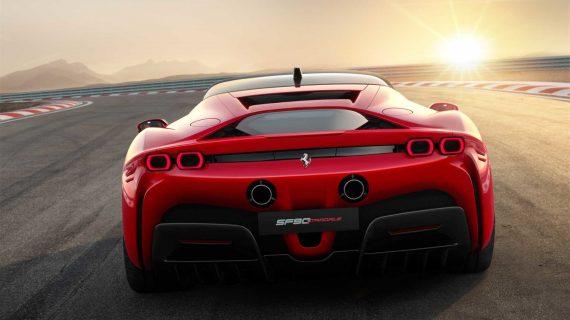 задние фонари Ferrari SF90 Stradale 2020