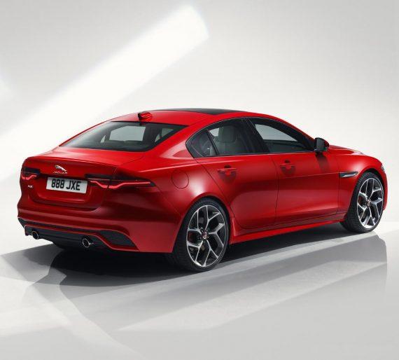 задние фонари Jaguar XE 2019 – 2020
