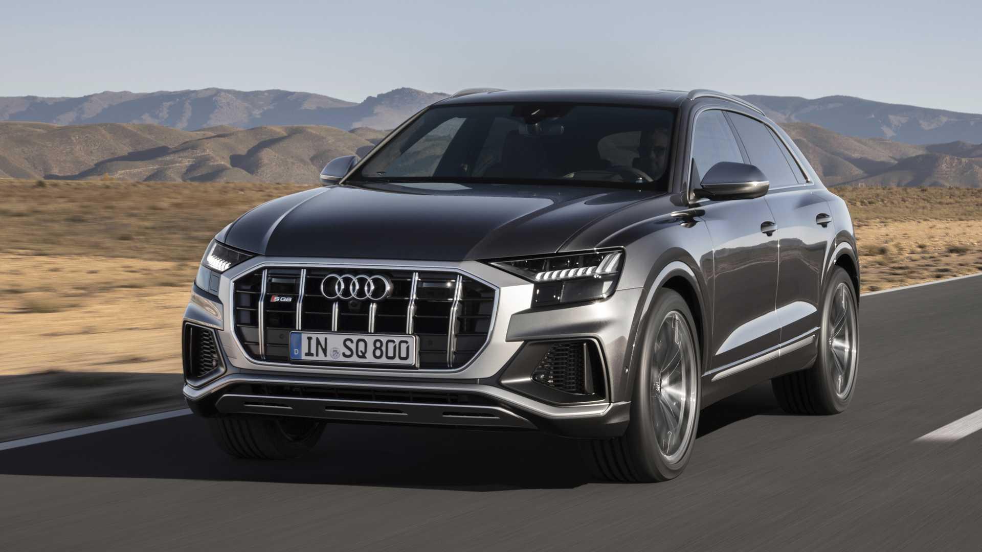 гибридный Audi SQ8 2020