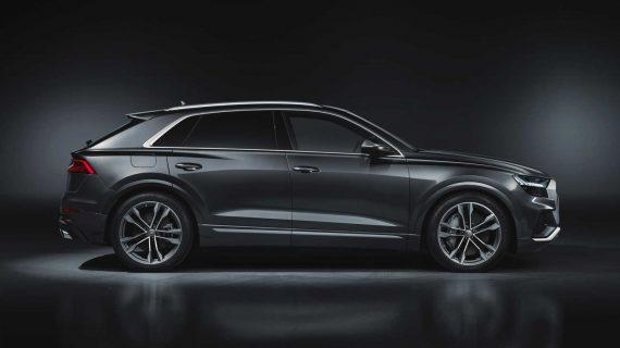 новый Audi SQ8 2020 сбоку
