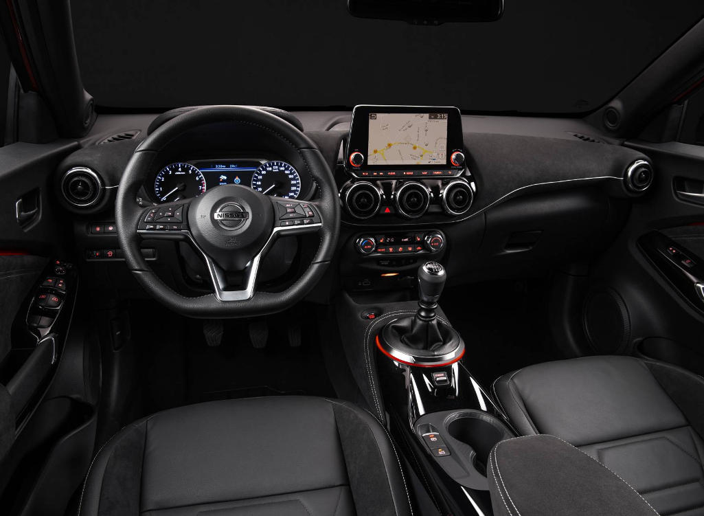 фото салона Nissan Juke 2020