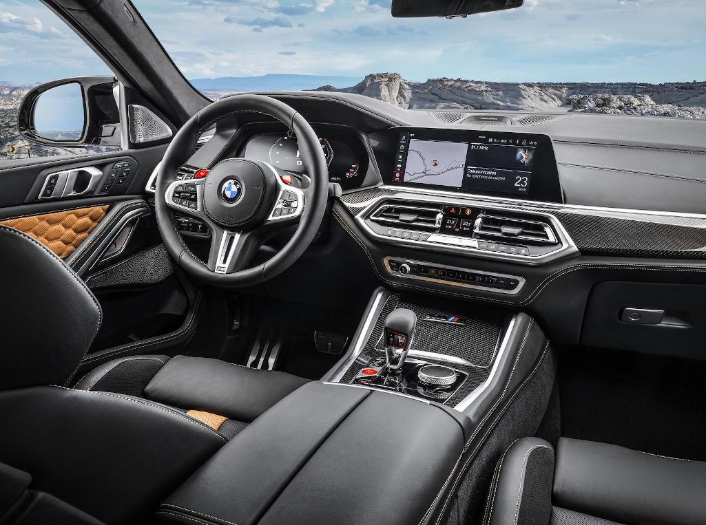 фото салона BMW X5 M и Х6 М 2020