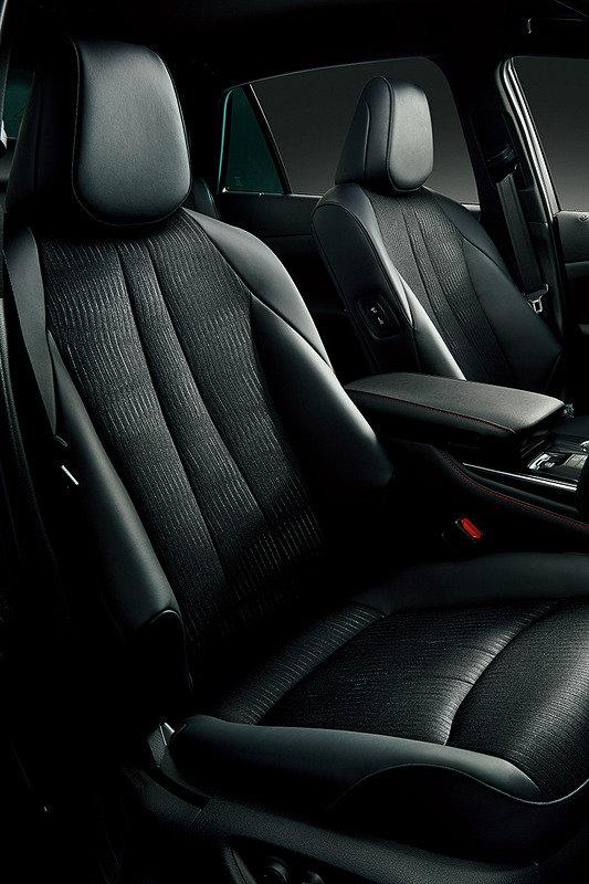 интерьер Toyota Crown Sport Style 2020
