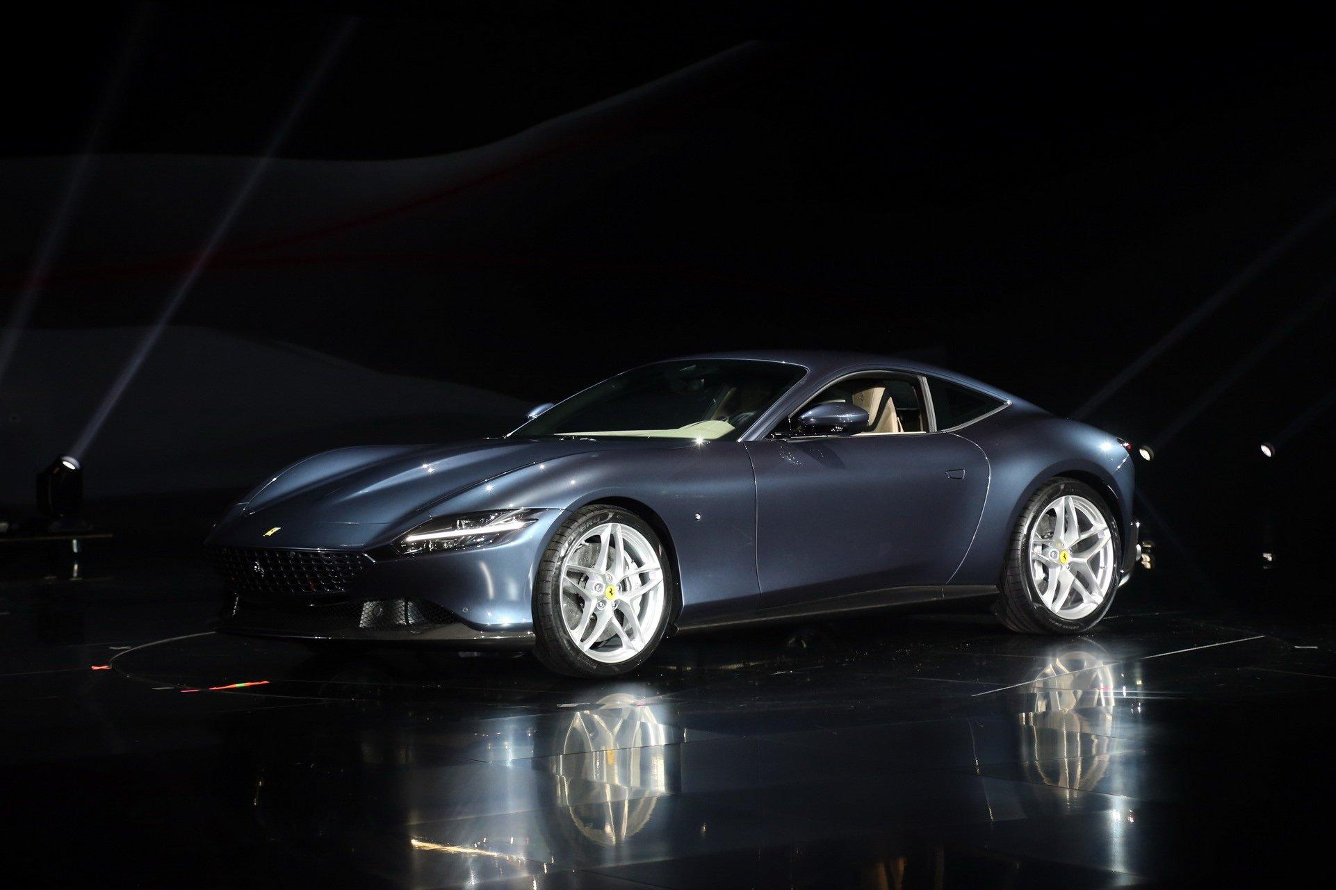 фото Ferrari Roma 2020 года