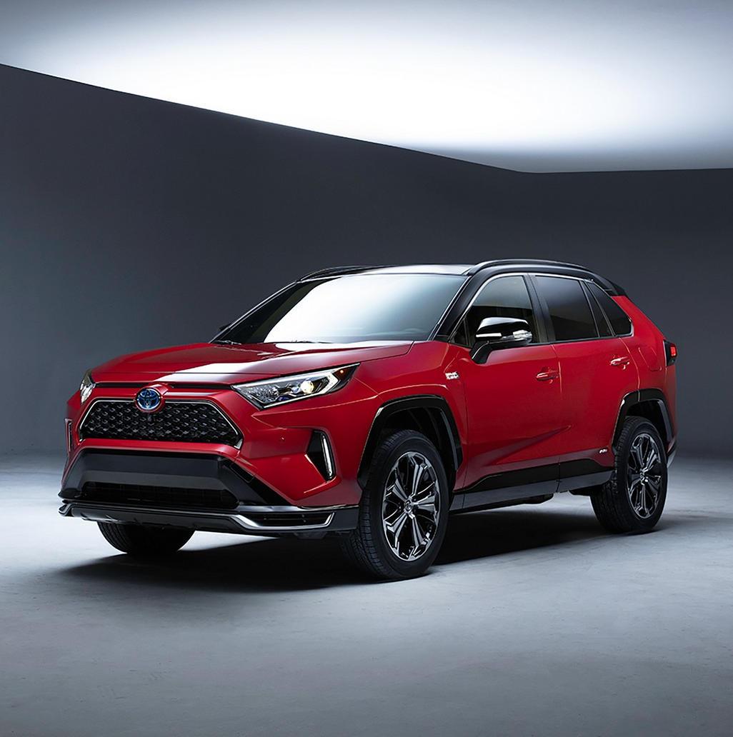Гибридный Toyota RAV4 Plug-in Hybrid 2020 с поддержкой внешней зарядки