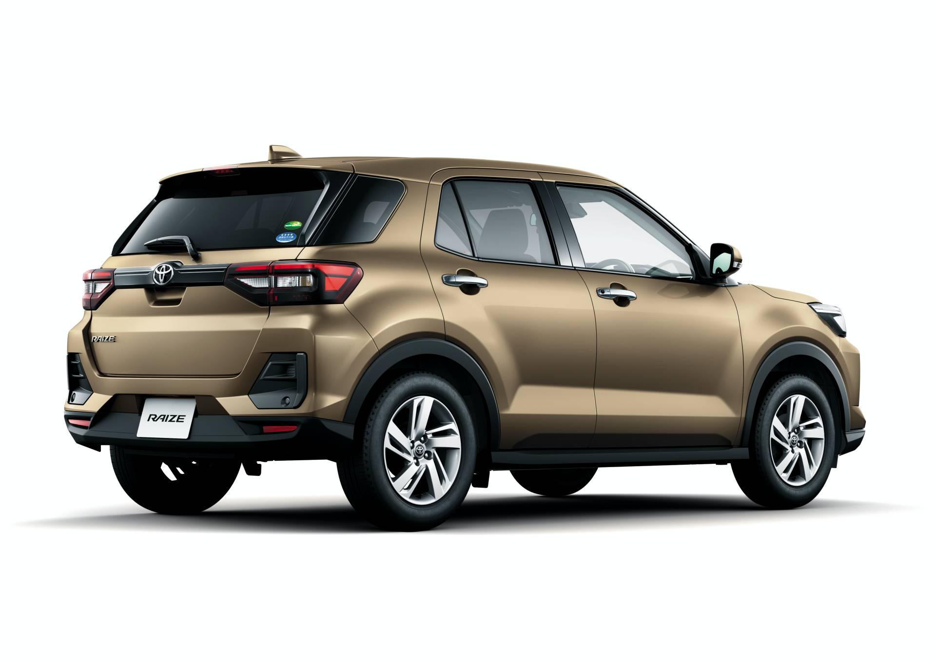 Toyota Raize 2020 задние фонари