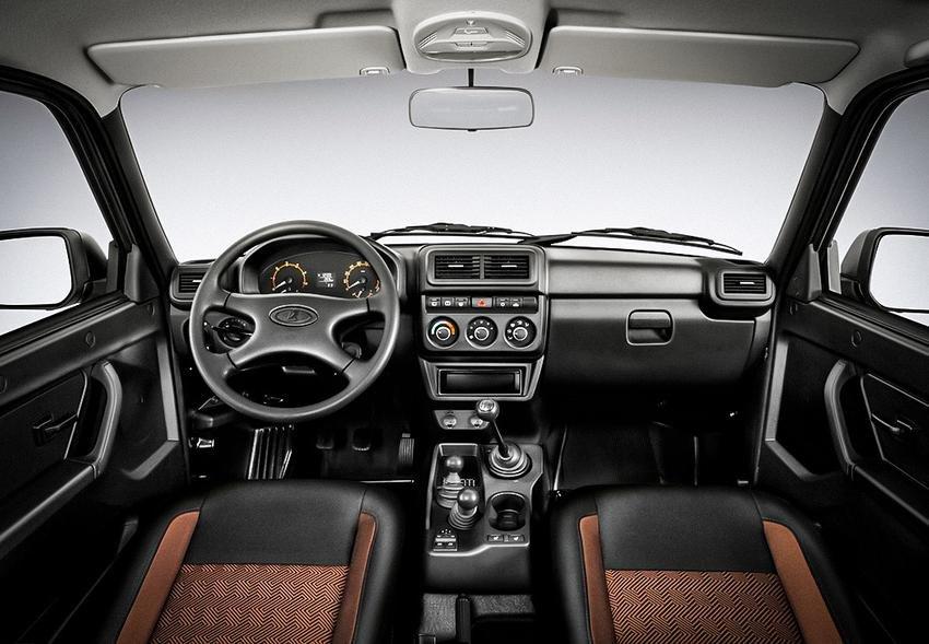 интерьер Lada 4×4 FL (Нива) 2020 года
