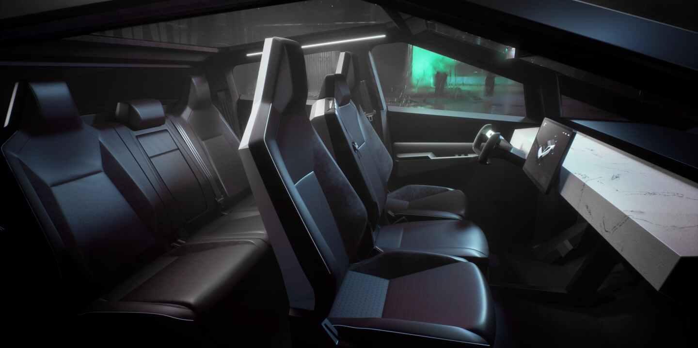 салон Tesla Cybertruck. Интерьер пикапа