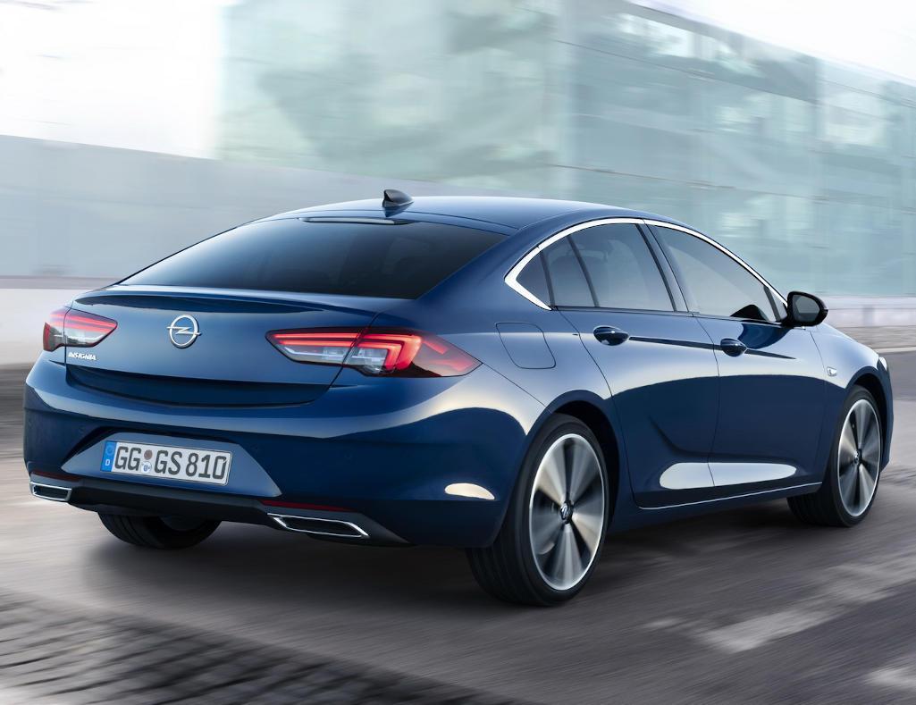 задние фонари нового лифтбека Opel Insignia 2020