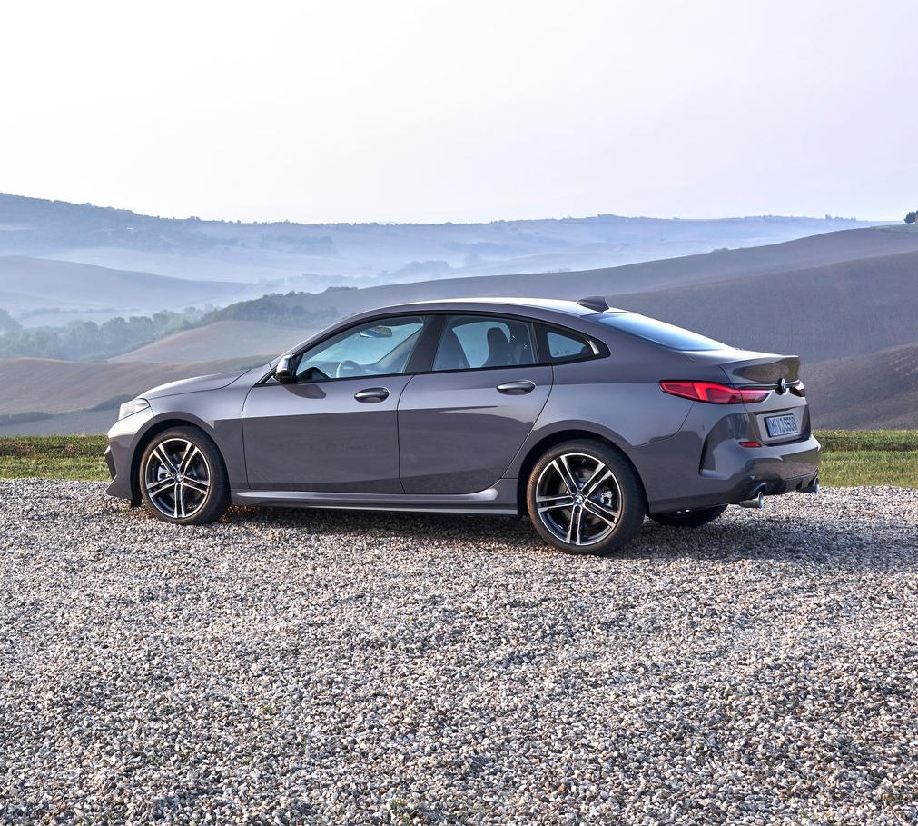 BMW 2-Series Gran Coupe 2020 сбоку