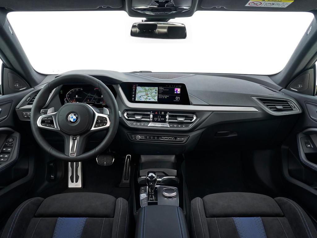 салон BMW 2-Series Gran Coupe 2020 в России