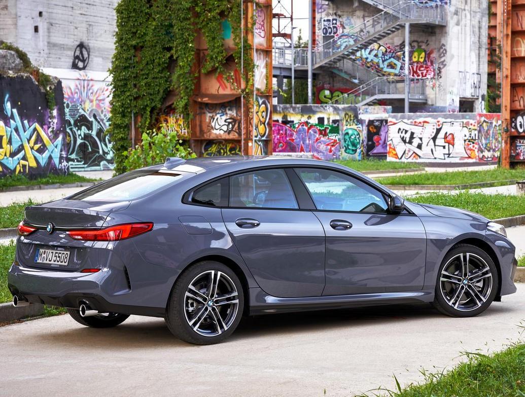 задние фонари BMW 2-Series Gran Coupe 2020