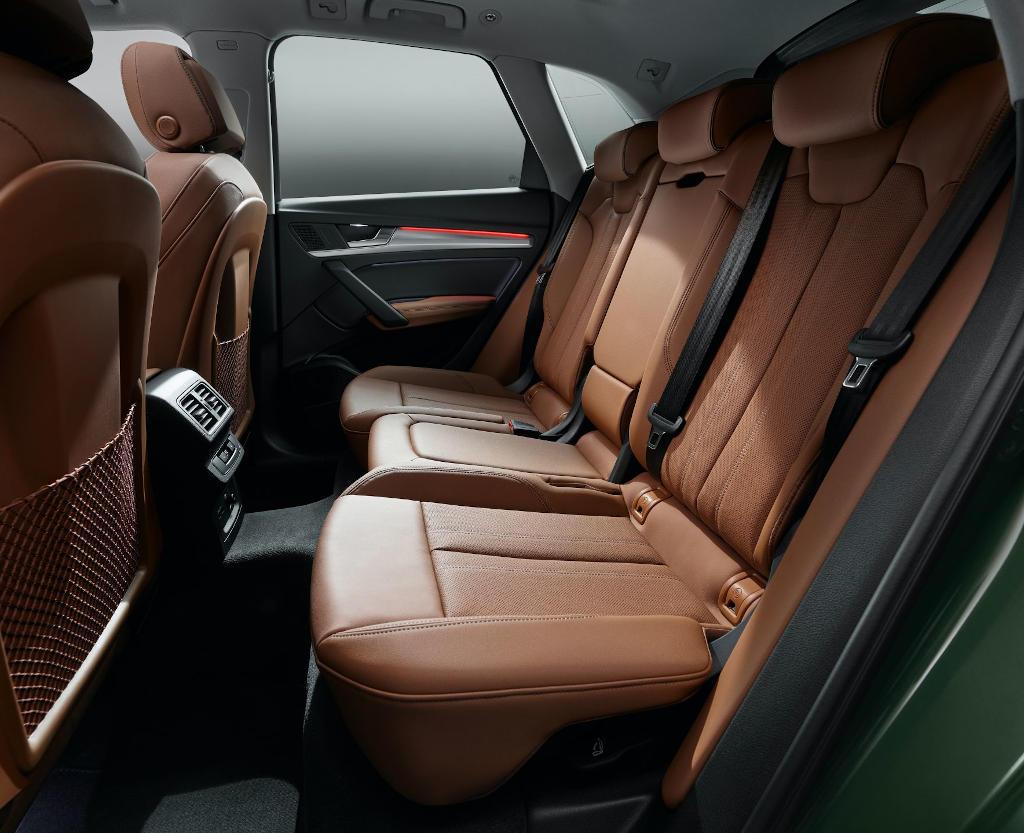 интерьер Audi Q5 2021