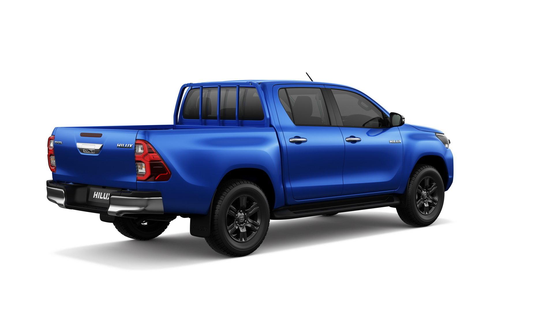 задняя часть Toyota Hilux 2021