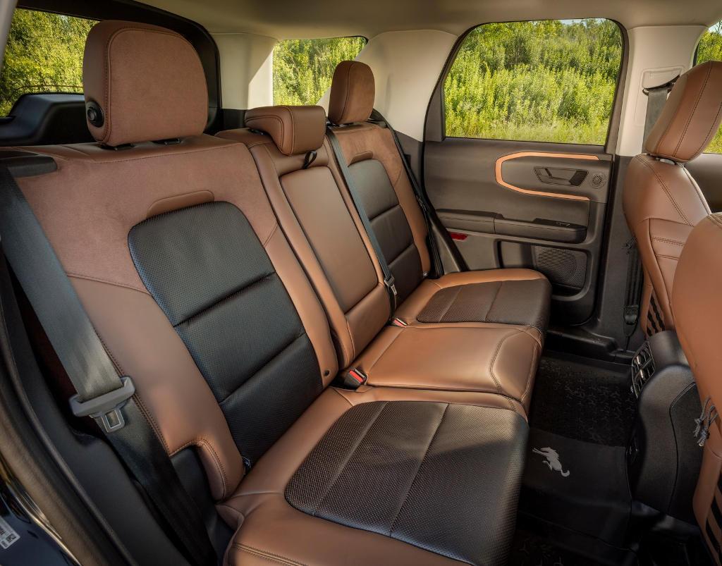 интерьер Ford Bronco Sport 2021