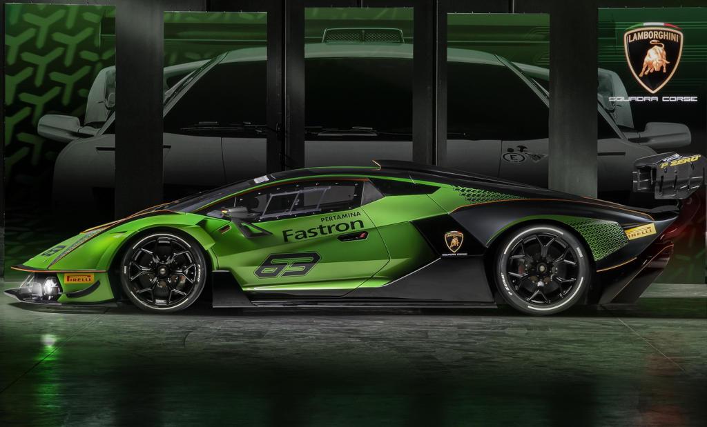 Lamborghini Essenza SCV12 сбоку
