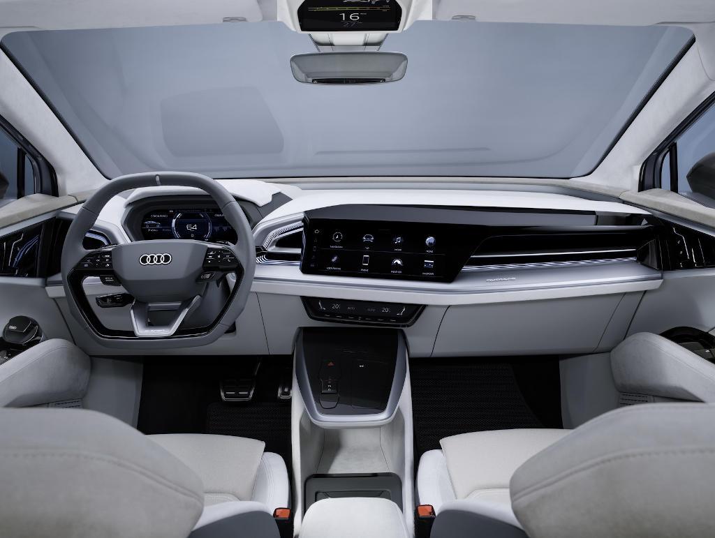 салон Audi Q4 Sportback e-tron 2021