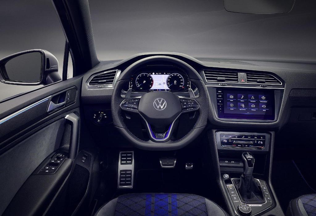 салон Volkswagen Tiguan 2021 фото