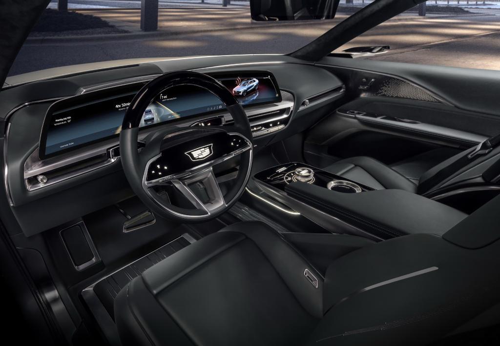 салон электромобиля Cadillac Lyriq фото