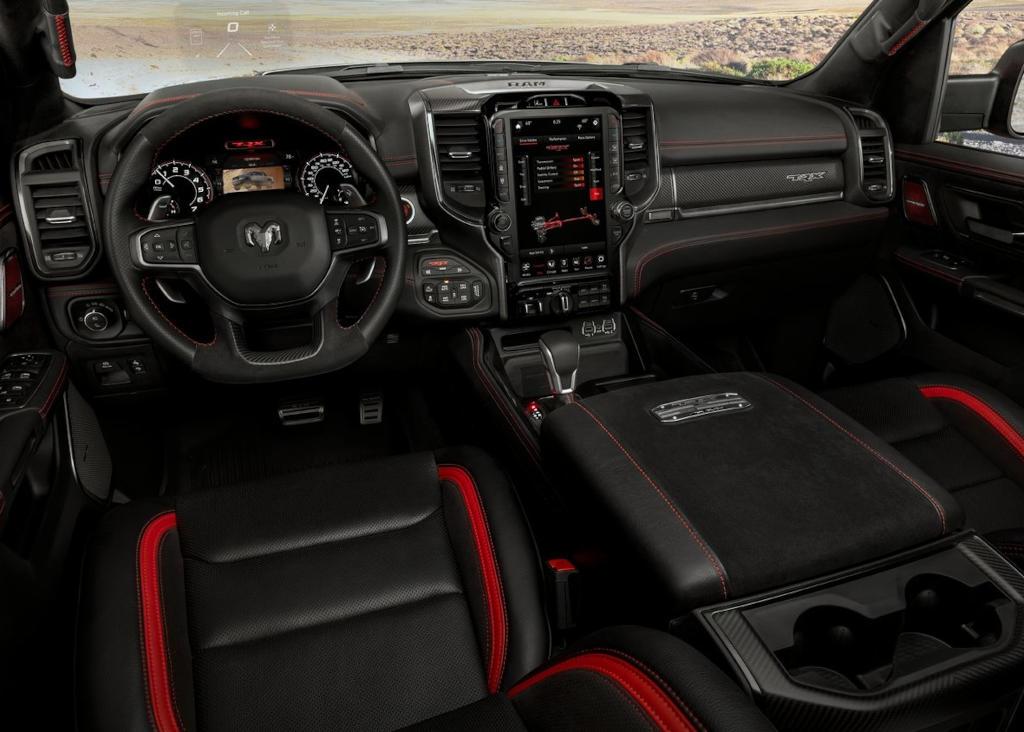салон Ram 1500 TRX 2021