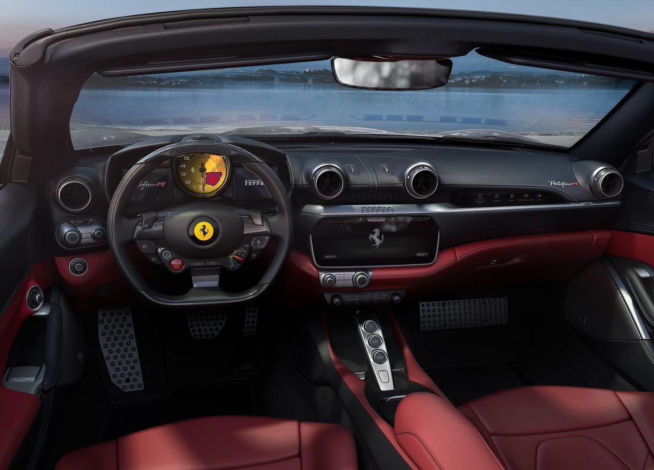 салон Ferrari Portofino M 2021