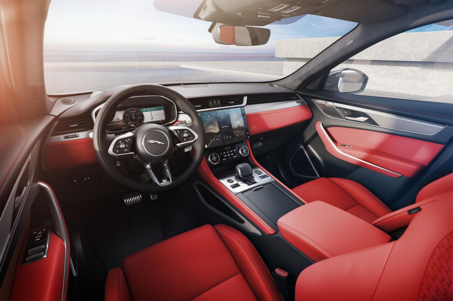 салон Jaguar F-Pace 2021 фото
