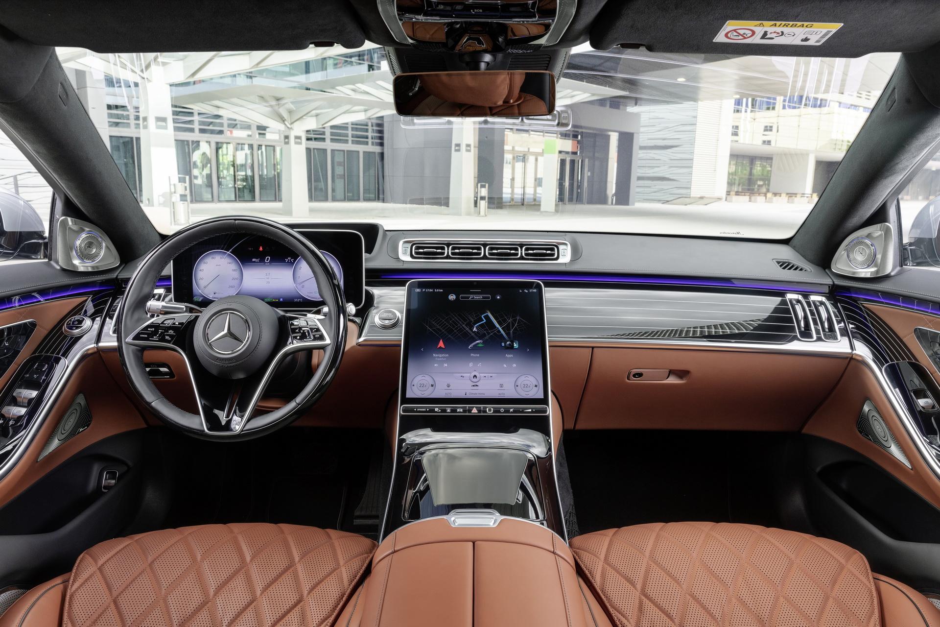 салон Mercedes S-Class W223 2021 фото