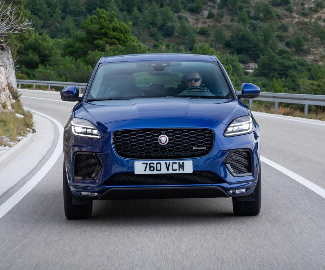 фары, бампер, решетка Jaguar E-Pace 2021