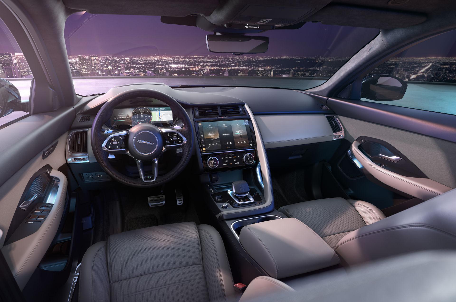 салон Jaguar E-Pace 2021