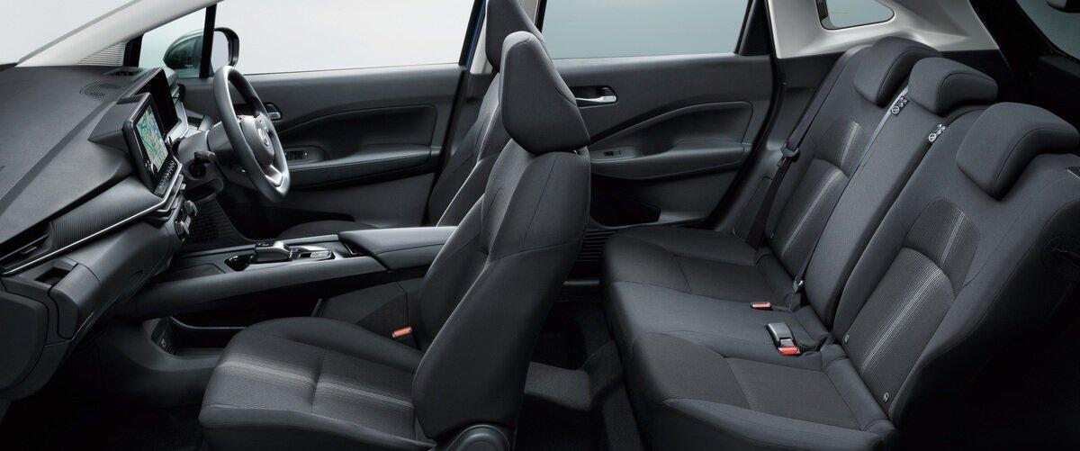 интерьер Nissan Note 2021