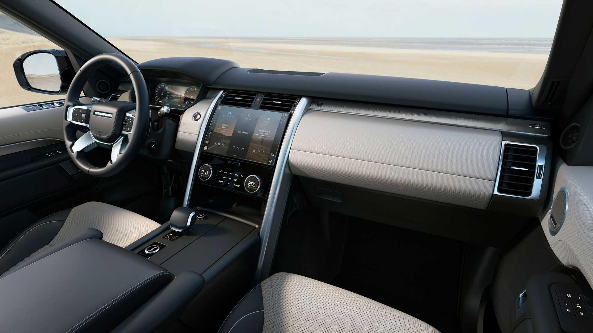 салон Land Rover Discovery 2021