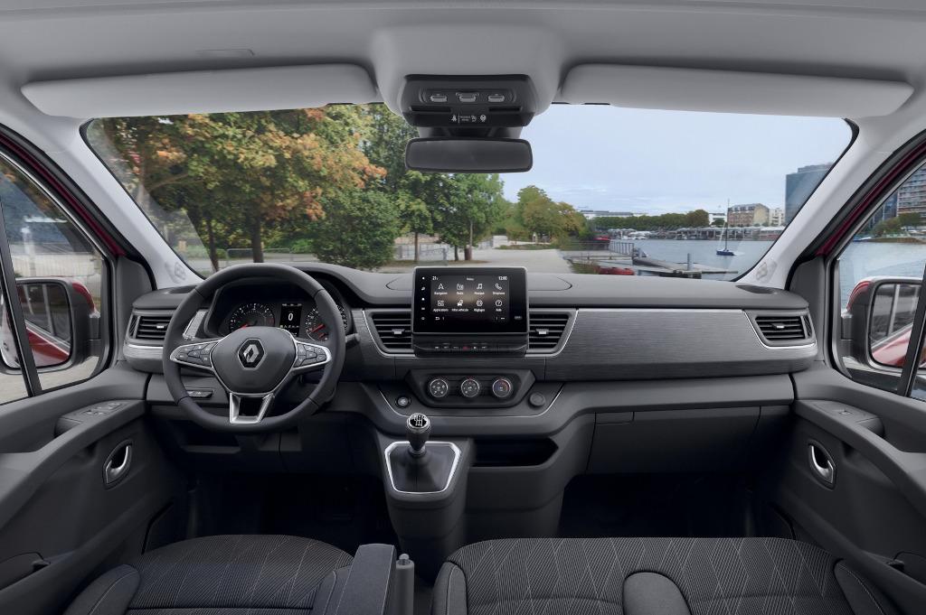 салон Renault Trafic 2021 фото