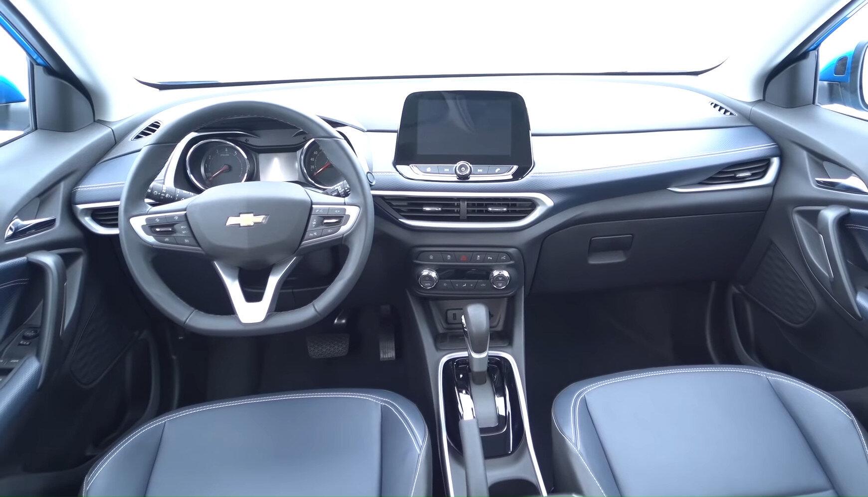 салон Chevrolet Tracker 2021 в России