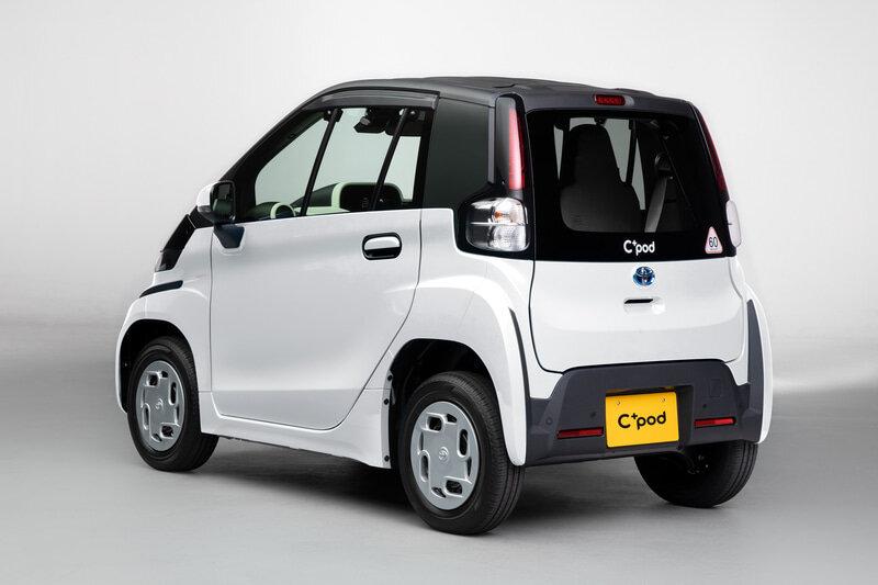 задняя часть Toyota C+ Pod 2022