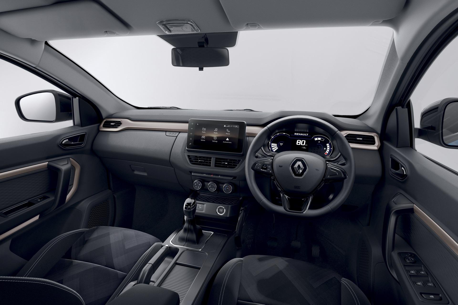 салон Renault Kiger 2022