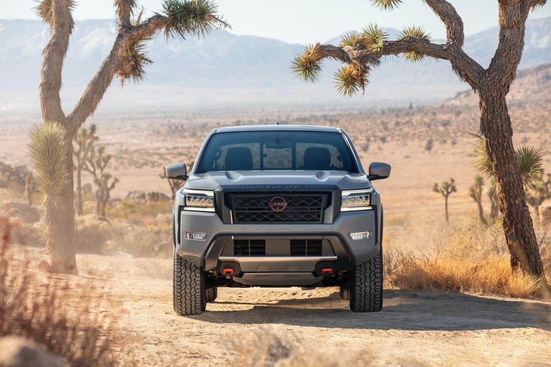 бампер, фары, решетка Nissan Frontier 2022