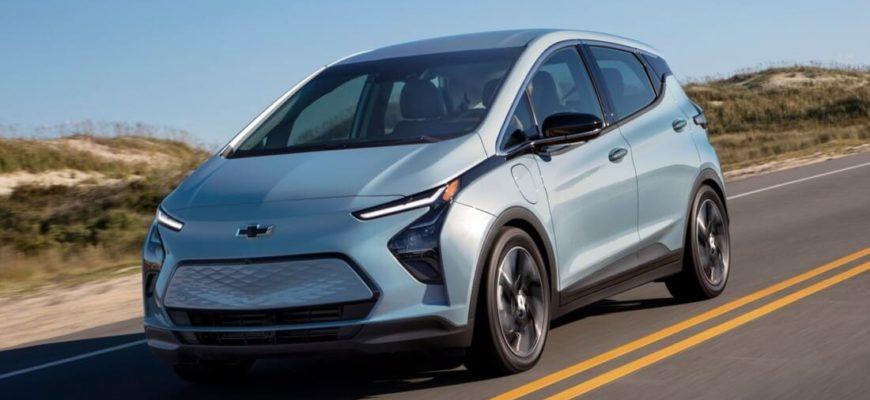 Chevrolet Bolt 2022 фото