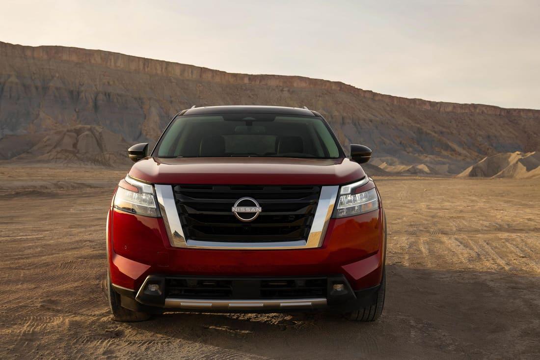 фары, решетка, бампер Nissan Pathfinder 2022